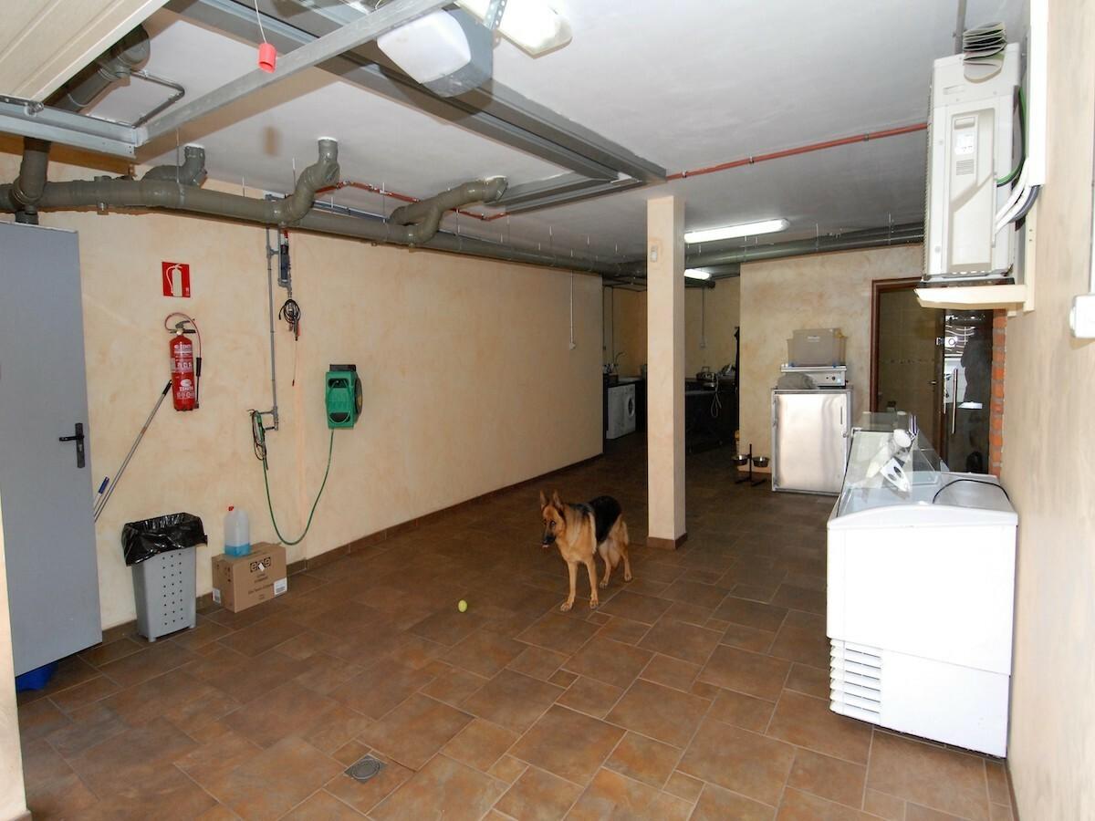 Villa indipendente, garage e lavanderia
