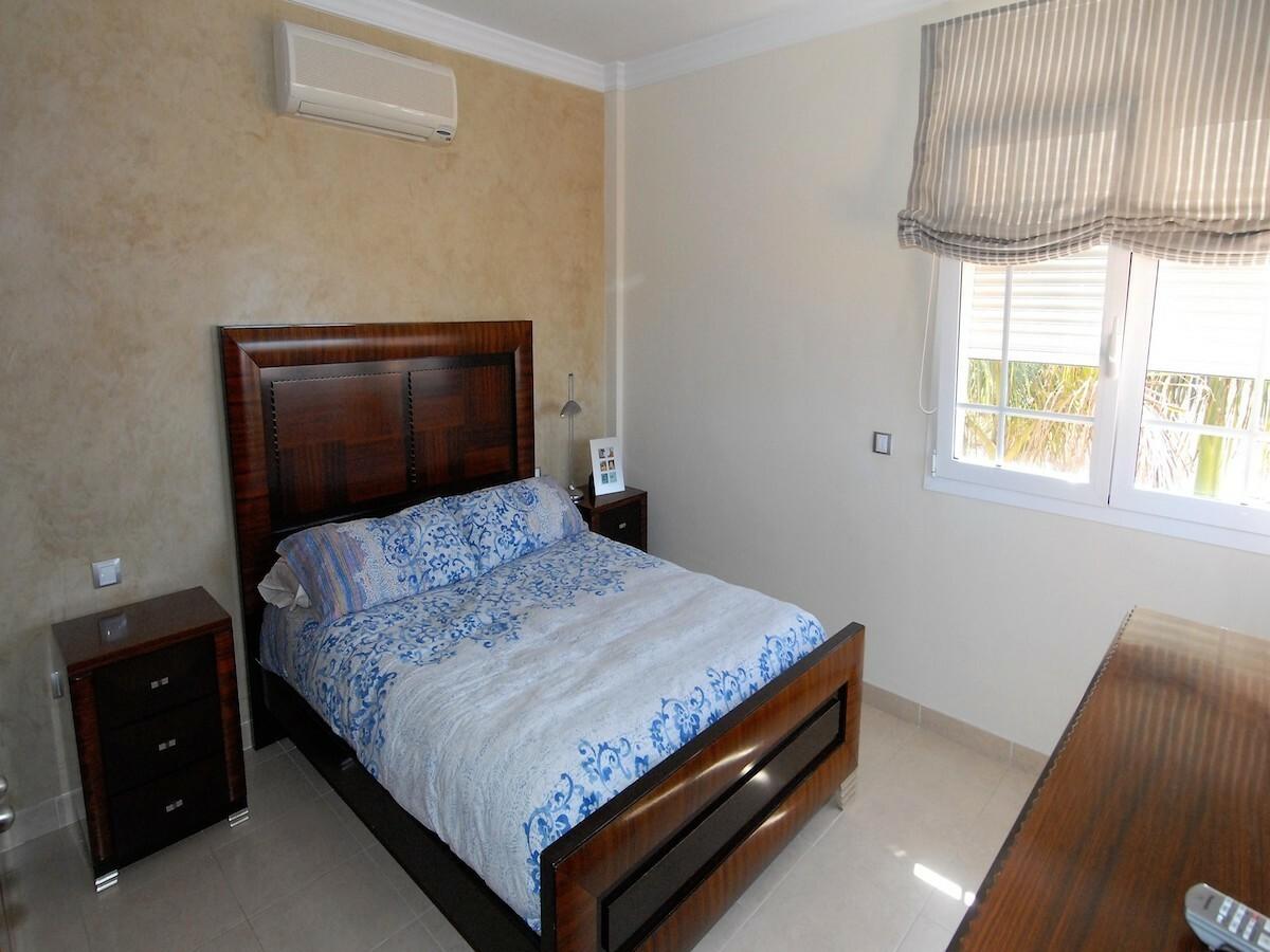 Villa indipendente, camera letto